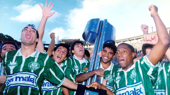 Khi Palmeiras không thể sống được bằng… sữa