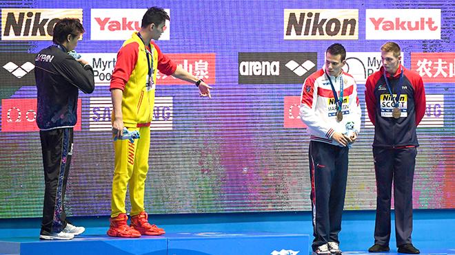 Tranh cãi tại giải bơi lội thế giới ở Hàn Quốc: Vì sao Sun Yang bị đồng nghiệp tẩy chay?