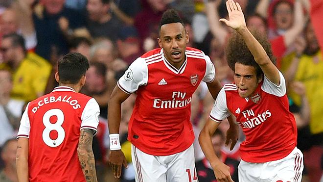 Hòa Tottenham, Arsenal đáng khen hay đáng chê?
