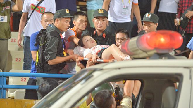 Vấn nạn pháo sáng: Đã tới lúc phải hành động