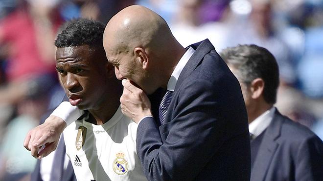 Chuyển nhượng Real: Zidane đang đẩy Vinicius khỏi Bernabeu