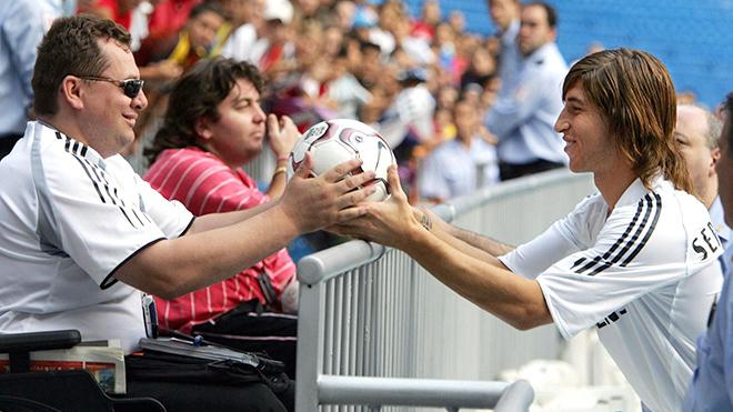 Mùa bóng thứ 15 của Sergio Ramos ở Real: Mua một tài năng, được cả gia tài