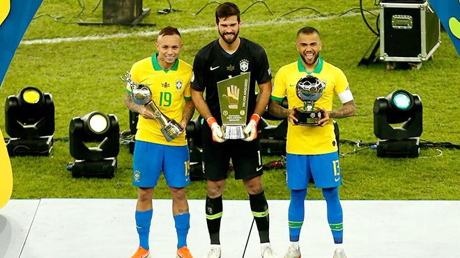 Đội tuyển Brazil: Khi ngôi sao là Alisson và Alves