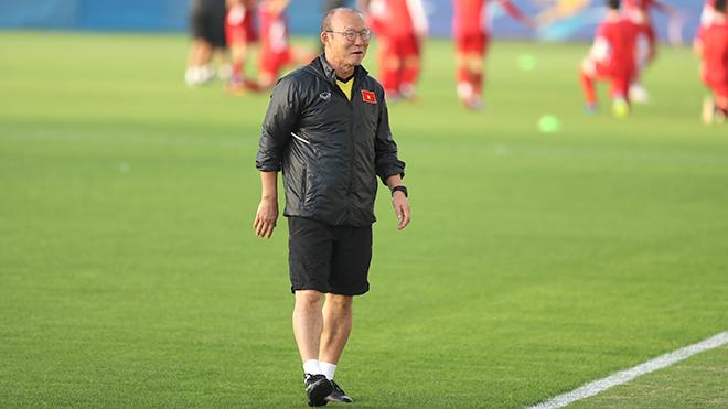 Trụ cột xuống phong độ, HLV Park Hang Seo tăng quân cho U23 Việt Nam