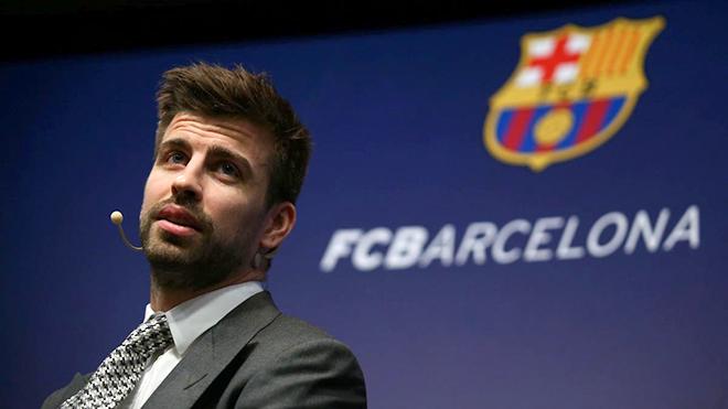 Barcelona: Căng thẳng từ màn khoe của của Gerard Pique