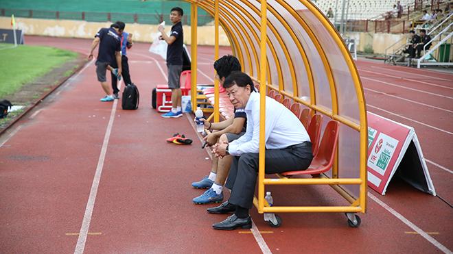 'Anh Hai Nam Bộ' sớm lo trụ hạng V-League 2019