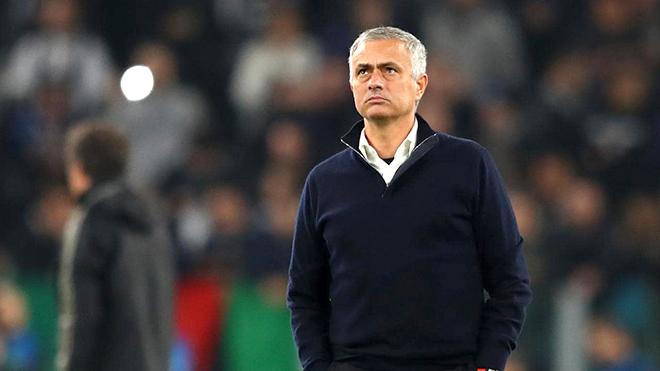 M.U: Mục tiêu vào Top 4 là chiếc thòng lọng với Jose Mourinho