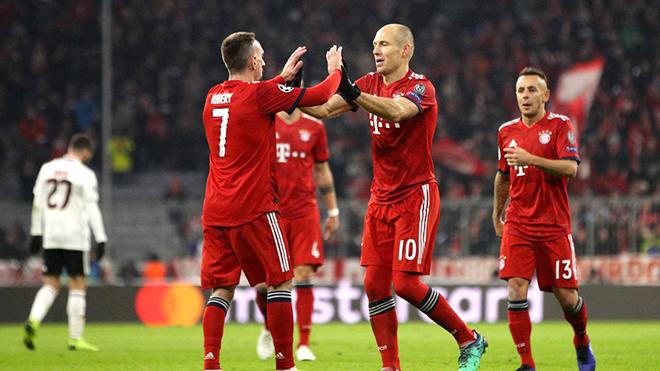 Bayern Munich đoạt vé sớm: Những ông già cứu rỗi Kovac