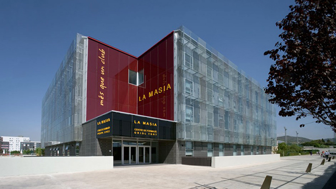Barca đang trên đường tìm đường về La Masia
