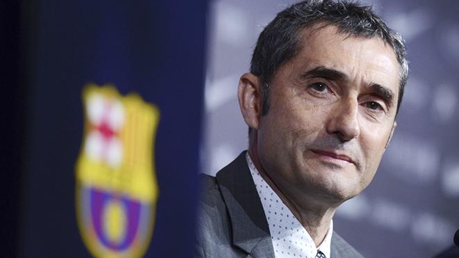 Barcelona: Valverde trở thành vật tế thần của La Masia?