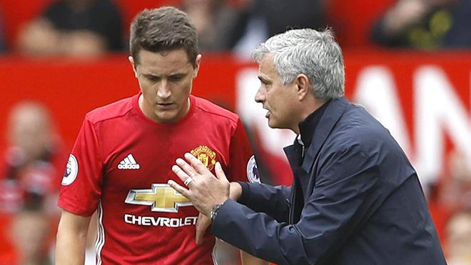 M.U: Herrera là người đem lại sự cân bằng, tại sao Mourinho không sử dụng?
