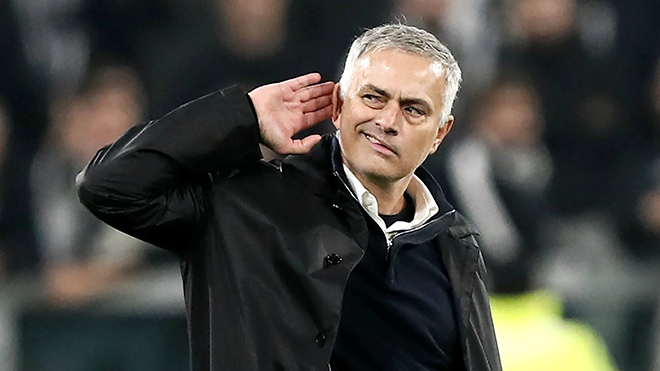 Hạ Juve, M.U hướng về derby Manchester: Giờ là lúc của 'Mou time'