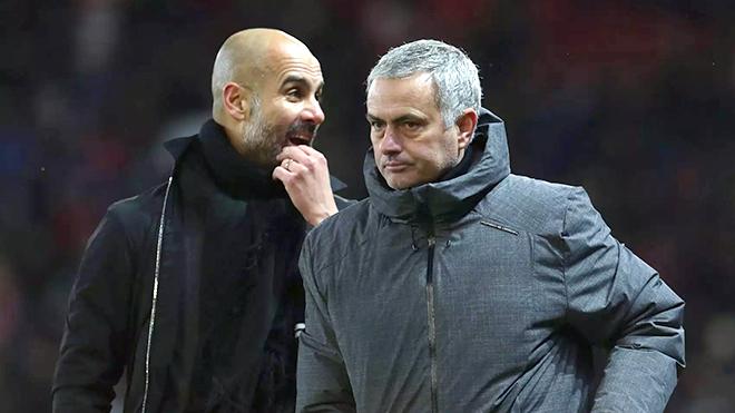 Derby Manchester: Trời sinh Mourinho, sao còn sinh Pep