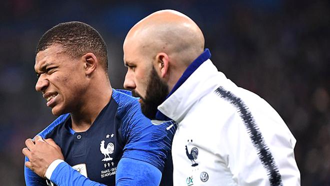 Neymar, Mbappe chấn thương, Liverpool hưởng lợi?