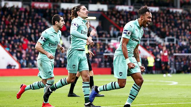 Arsenal: Không cần hay, vẫn gần Top 4