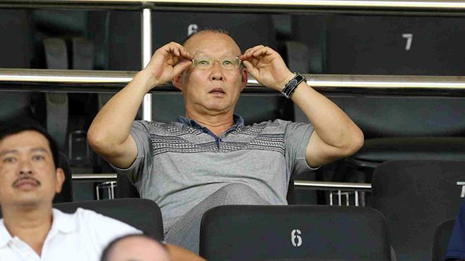 HLV Park Hang Seo 'truyền nhiệt' cho V-League
