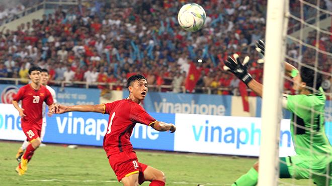 Olympic Việt Nam và 'cú đấm' từ tuyến 2