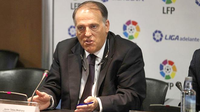 Chủ tịch La Liga, Javier Tebas: Từ kẻ thù tới người bạn của Barca