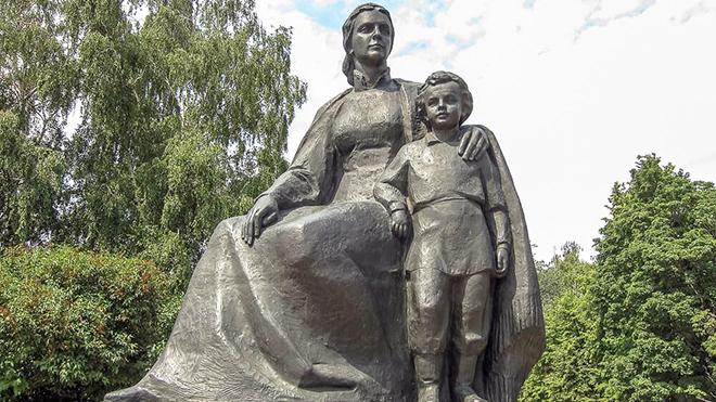 Trên những nẻo đường nước Nga: Theo dấu chân Lenin