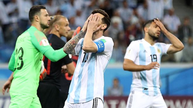Lionel Messi: Từ bóng ma Olimpico đến kẻ vô hồn ở Novgorod