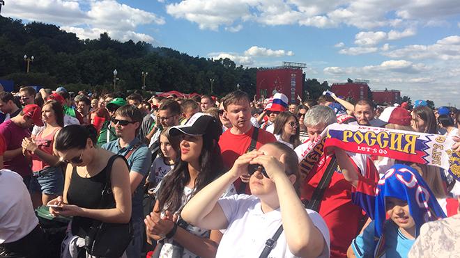 Ký sự World Cup: Người Nga yêu bóng đá hơn chúng ta tưởng