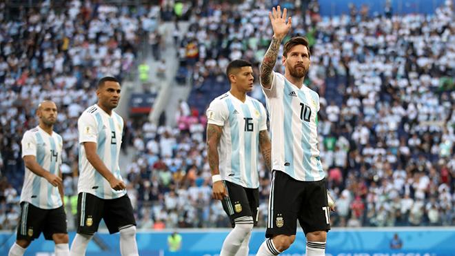 Pháp 0-0 Argentina: Giroud đá chính. Aguero và Higuain dự bị (Hiệp 1)
