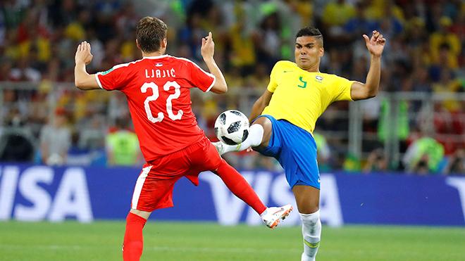 Casemiro chỉ biết 'phá bóng' còn quan trọng hơn cả Neymar