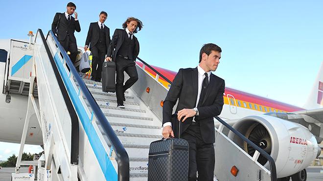 Đổi máy bay, Real Madrid sợ gặp vận đen trước Liverpool ở CK Champions League