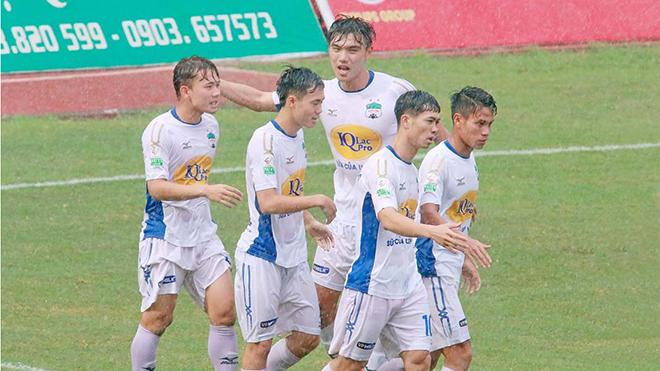 HLV Nguyễn Thành Vinh ấn tượng với HAGL