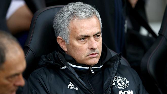 Hội chứng 'mùa thứ 3' của Mourinho sẽ tái phát ở M.U?