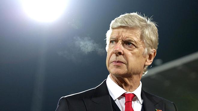 Tạm biệt và cảm ơn Arsene Wenger: Ông vừa là người hùng, vừa là 'tội đồ'