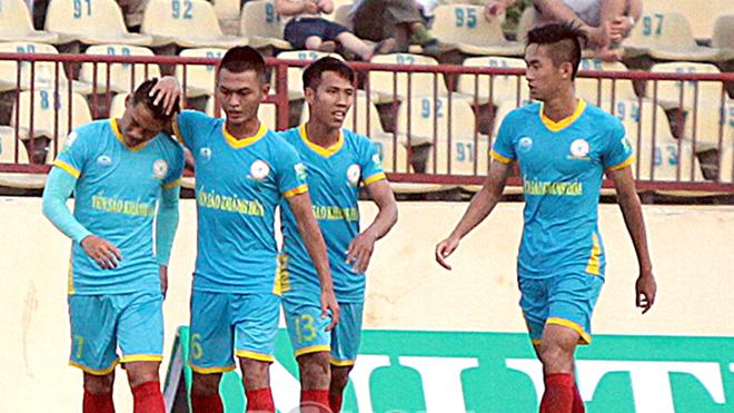 HLV Võ Đình Tân: 'Cầu thủ S.Khánh Hòa đâu phải cái máy'