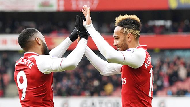 Hàng công Arsenal: Aubameyang sẽ giúp Lacazette hồi sinh