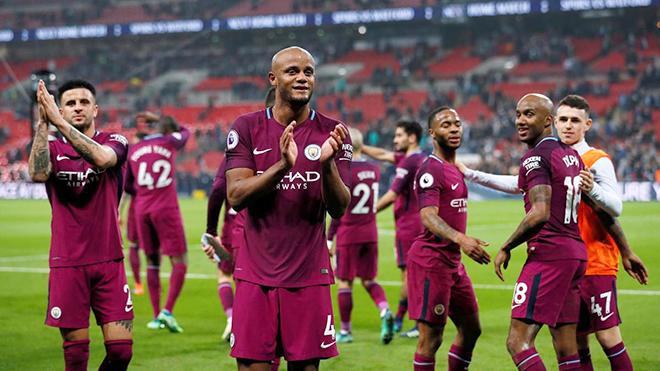 Tuột Champions League, Man City vẫn phải tự hào vì lên ngôi ở Premier League