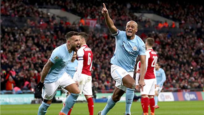 Man City hiện tại là quá khứ của Arsenal