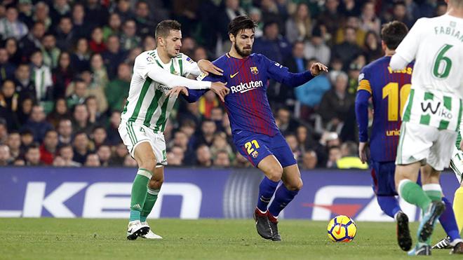 Andre Gomes và chiếc đũa phép của Valverde