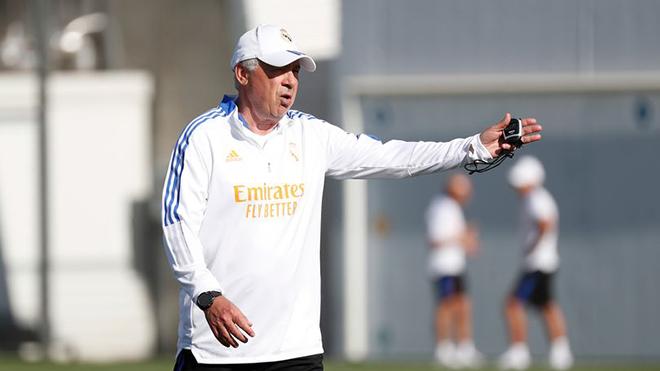 Ancelotti phát bệnh vì Real Madrid