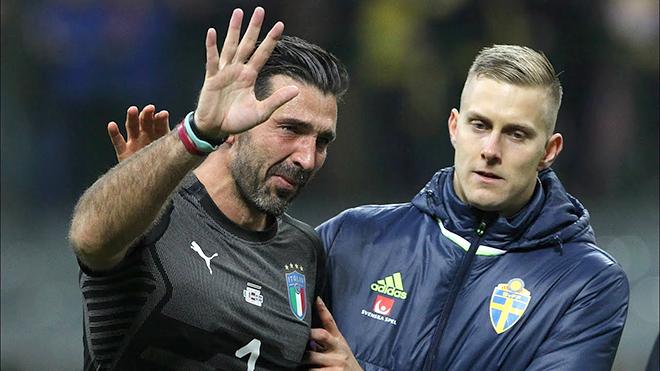 Gigi Buffon: Khi người khổng lồ bước vào tuổi 40...