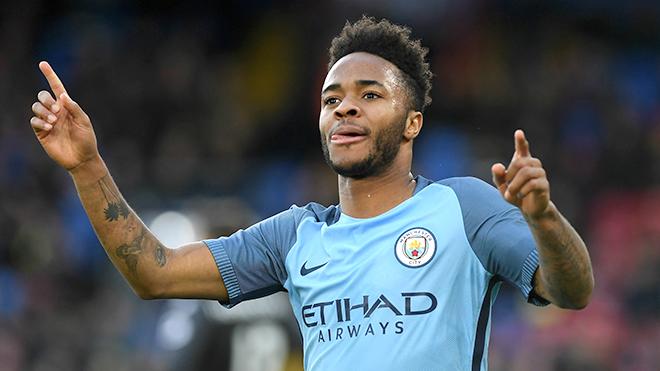 Sterling bùng nổ với 'vị trí của Messi'