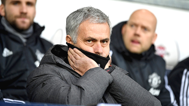 Đưa M.U vượt được Man City là một thách thức quá khó của Mourinho