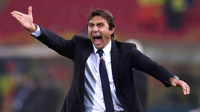 Conte đã nhầm, Chelsea chưa đủ khả năng để chơi 3-5-2