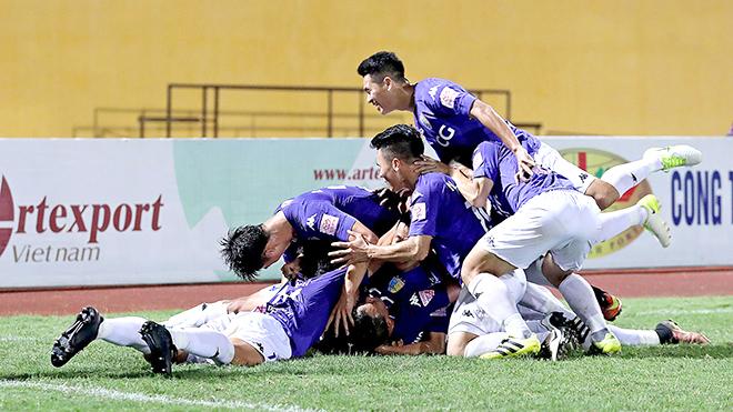 Hà Nội FC tự 'giải thoát'