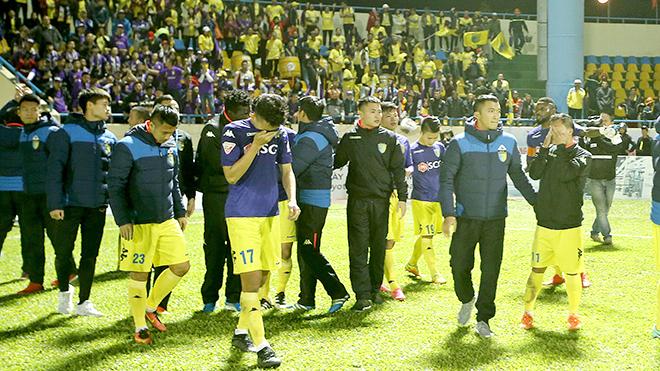 Hạ màn Toyota V-League 2017: Nỗi buồn Hà Nội