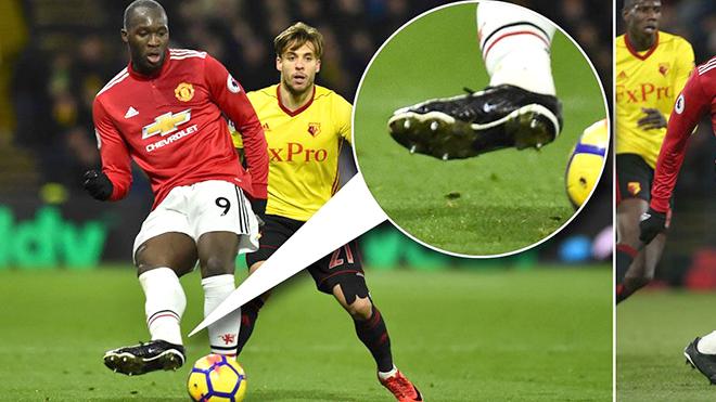 Mourinho không nói đùa. Nhưng vì sao Lukaku không có nhà tài trợ giày?