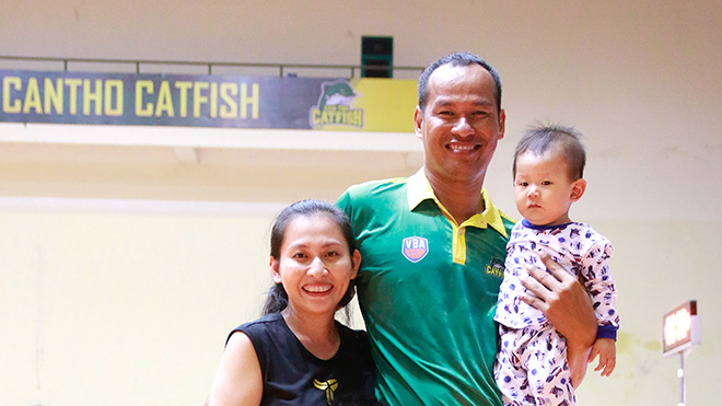 Tiếp Ri Đa Ni - Một kỳ nhân của bóng rổ Việt