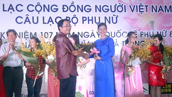 Những tấm lòng vì người Việt nơi đất khách -Kỳ cuối