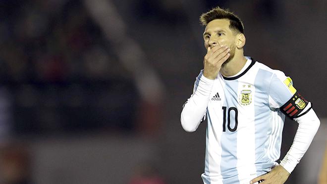 Đừng trông vào Messi, Argentina phải tự cứu mình!