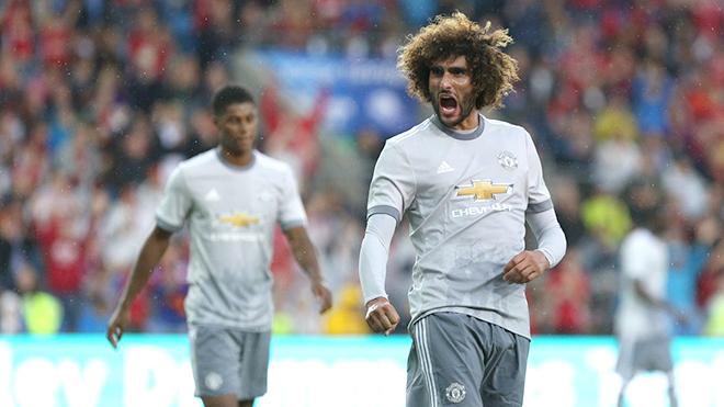 Có Matic rồi nhưng Mourinho vẫn cần phải giữ Fellaini ở lại Man United