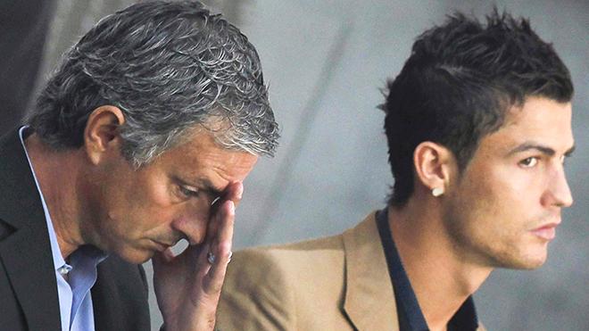 Rắc rối và đầy rủi ro, Ronaldo không phải thương vụ Mourinho chờ đợi