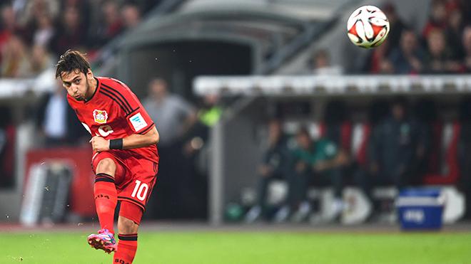 Sau Pirlo, Milan cuối cùng đã tìm được 'Vua đá phạt'
